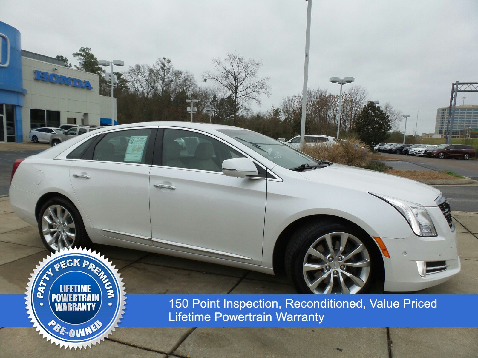 Pre-Owned 2016 Cadillac XTS Luxury Collection